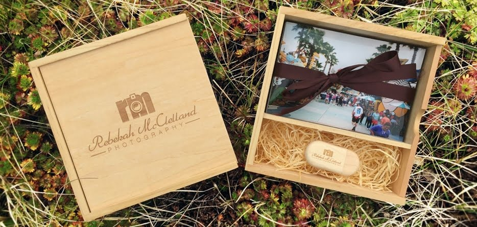 Logo Engraved USB Drive Photo Gift Box