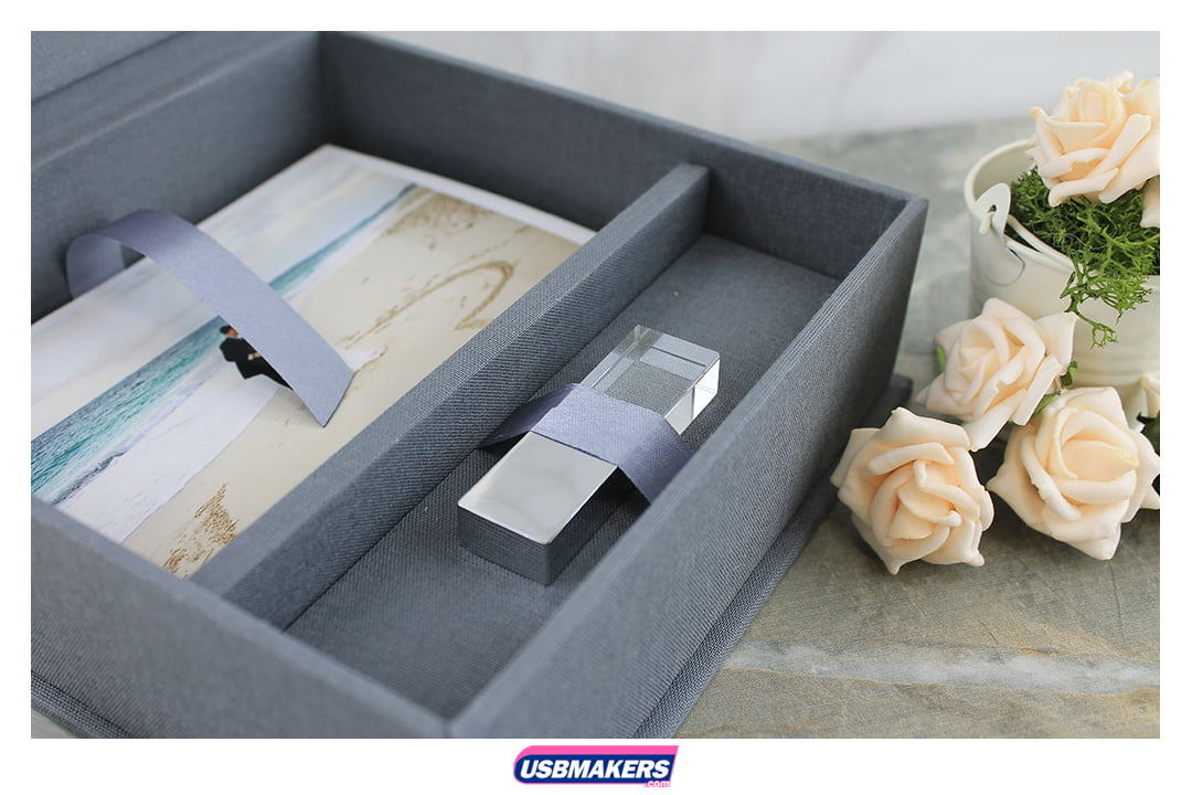Classic Elegant Photo Prints USB Gift Box 3