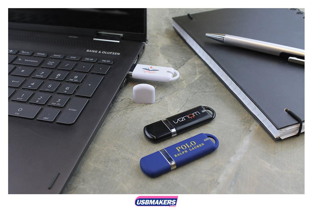 Titan Branded USB Memory Stick Image 1